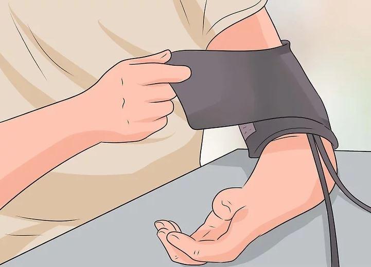 یاد بگیرید که از دکمه فشار خون استفاده کنید.