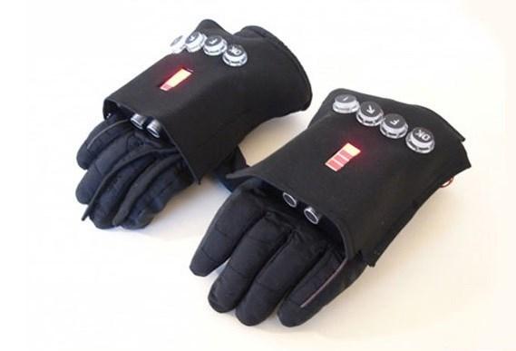 تکنولوژی دستکش هوشمند آتش نشان ها