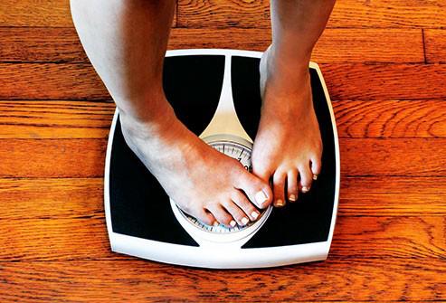 افزایش وزن به علت پرخوری