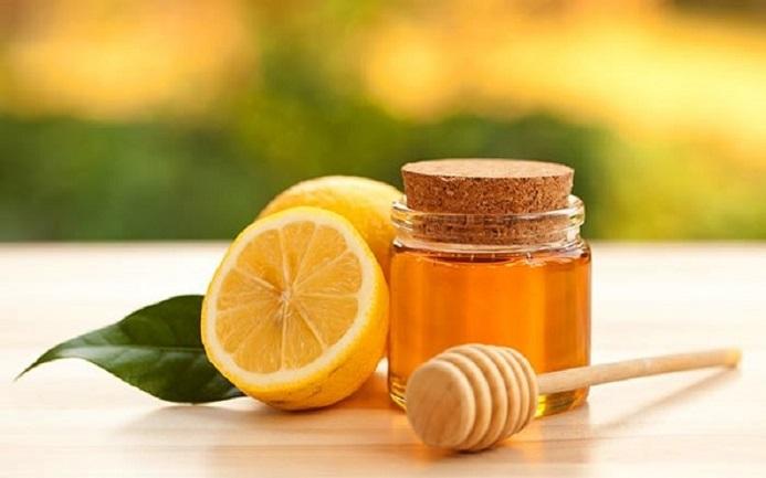 استفاده از عسل و لیمو برای بهبود آلرژی سرفه