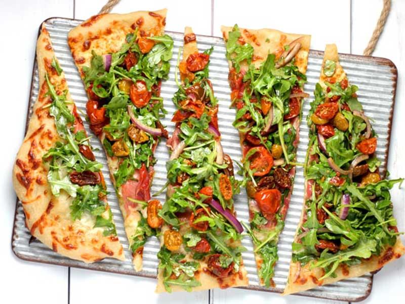 خواص پیتزا را باسبزیجات افزایش دهیم