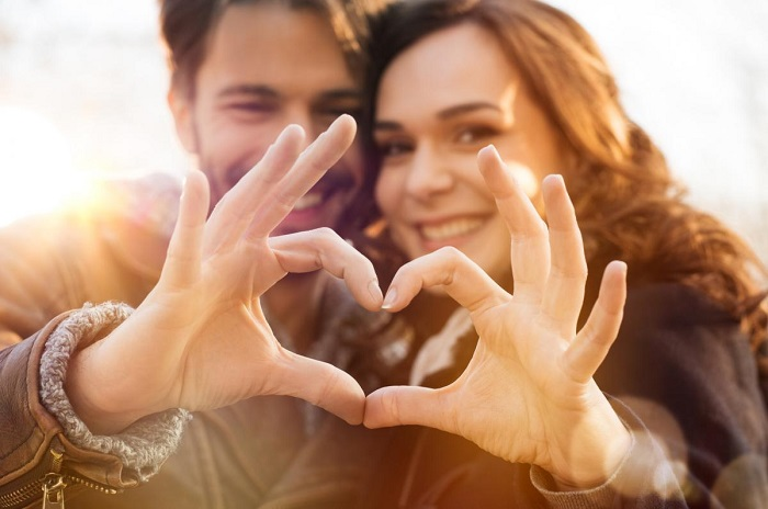 برای ازدواج موفق نکات مثبت را تقویت و نکات منفی را کم رنگ کنید