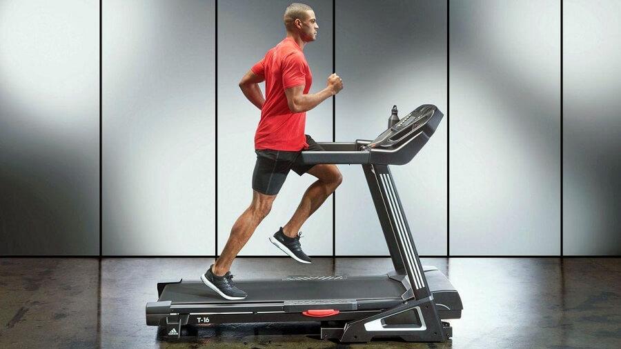 فواید دویدن روی تردمیل