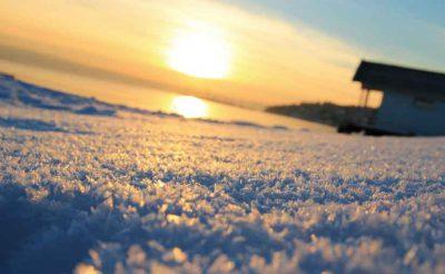 بازتاب آفتاب بر برف