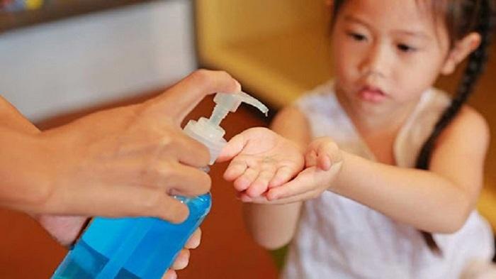طرز تهیه محلول ضدعفونی کننده دست خانگی برای کودکان