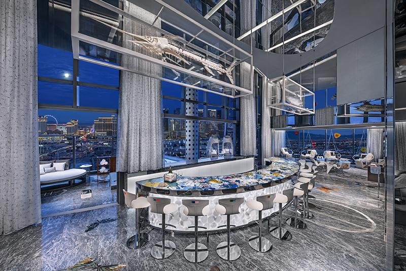 فضای داخلی مجلل هتل Palm Casino