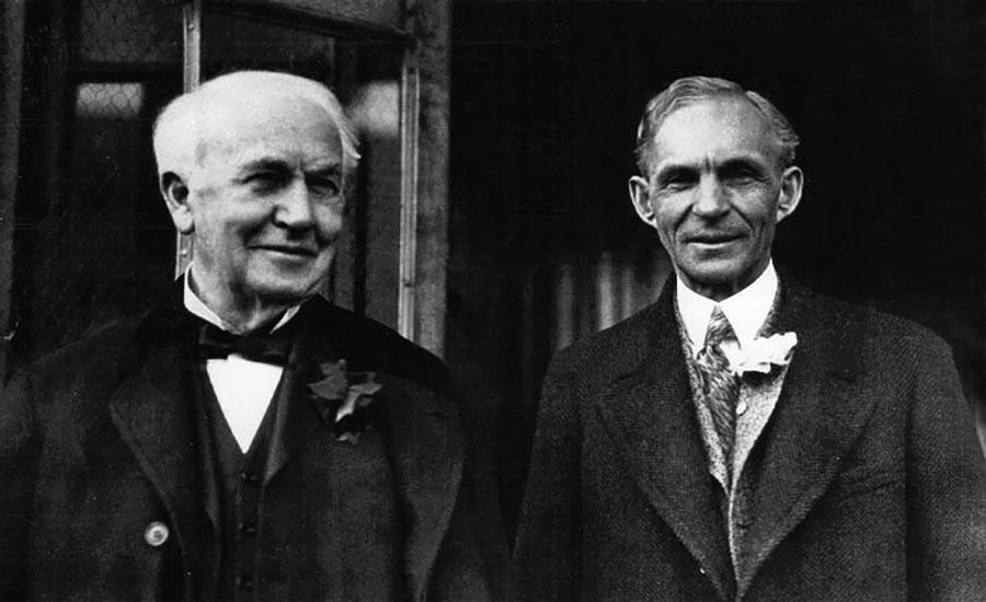 هنری فورد در کنار توماس ادیسون