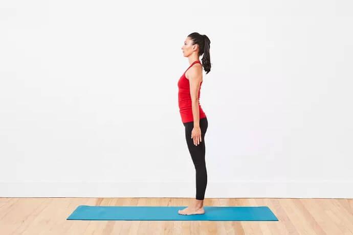 آموزش یوگا حرکت ژست کوه (Tadasana)