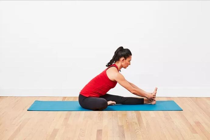 آموزش یوگا حرکت به سمت زانو (Janu Sirsasana)
