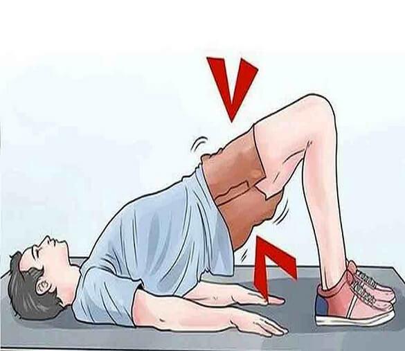 پل زدن هم یکی دیگر از ورزش ها برای درمان کمر درد است