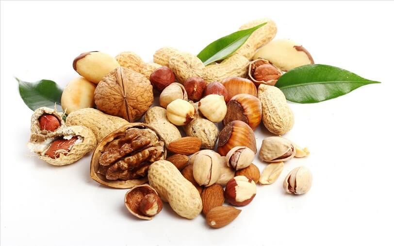 آجیل و خشکیار منابع مهم ویتامین  k و سدیم