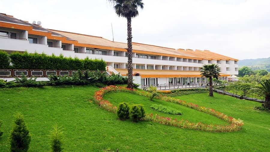 هتل سالار دره ساری بهترین هتل ایران در  شهر ساری می باشد که محلی برای اسکان توریست ها است