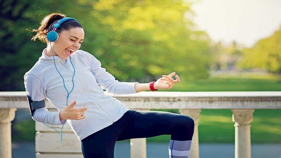 موزیک همراه با ورزش باعث بالارفتن انرژی می شود.