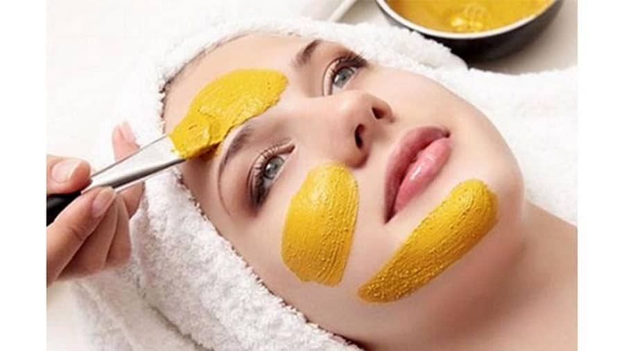ماسک زعفران به داشتن پوست روشن برای شما کمک می کند