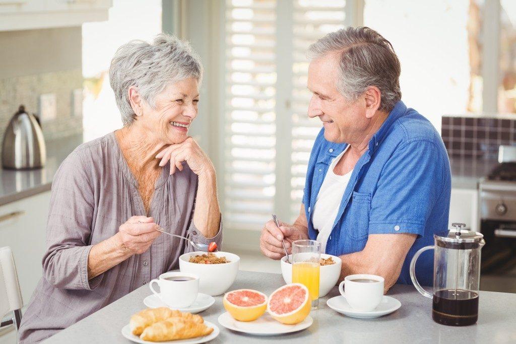 توجه به رژیم غذایی برای سالم پیر شدن
