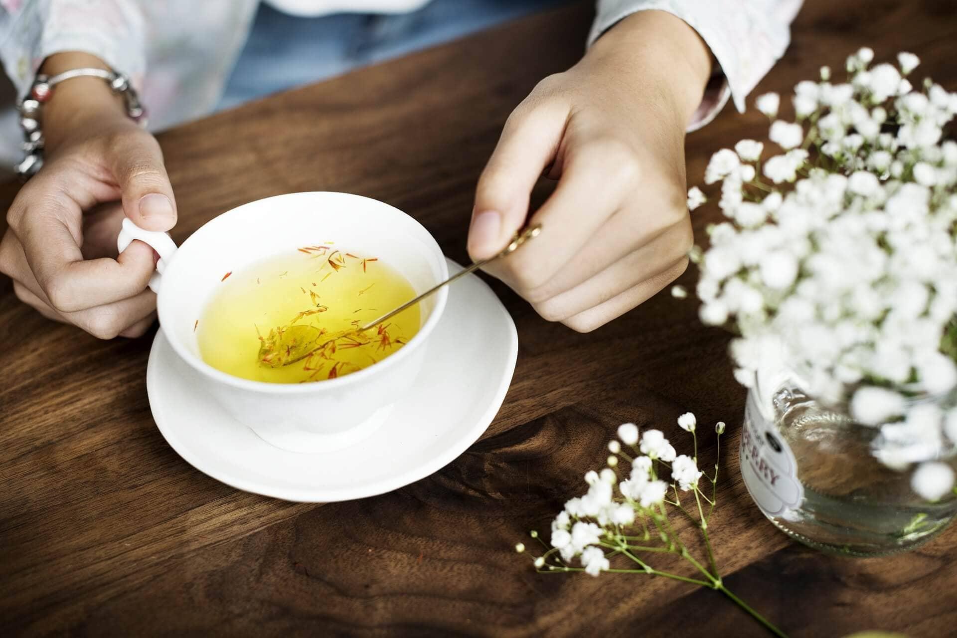 چای زعفرانی ضد افسردگی است