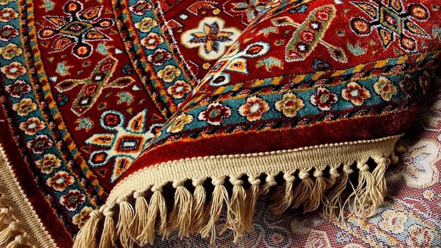 دکوراسیون سنتی منزل با قالیچه های سنتی