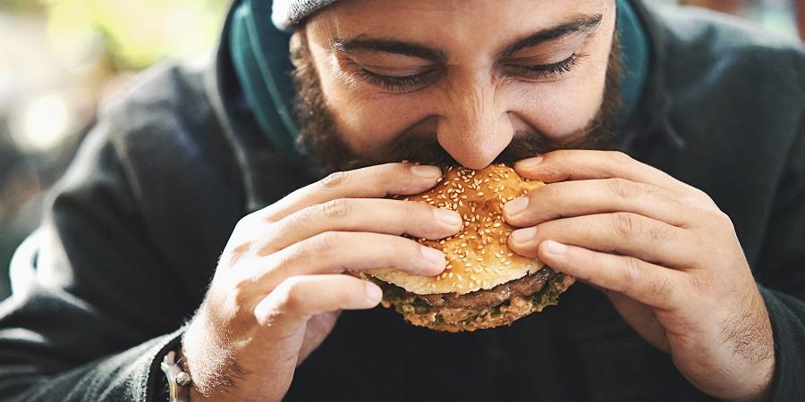 غذاهایی را که دارای قند و کربوهیدرات هستند را نخورید