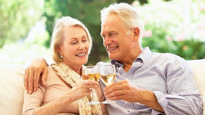 مصرف الکل برای افراد مسن