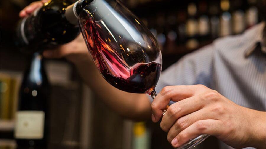 عوارض و فواید مصرف الکل