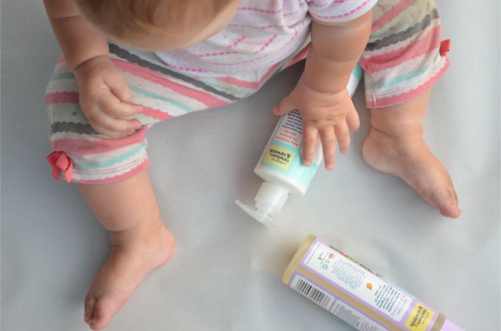 محصولات مراقبت از پوست کودکان