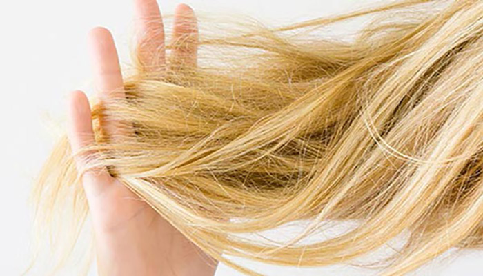 موهای خود را آبرسانی کنید.