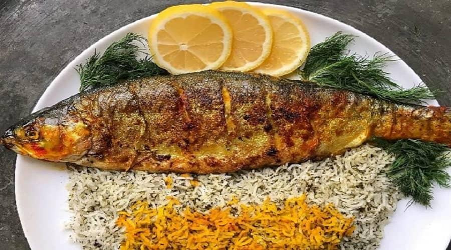 ماهی از جمله غذاهایی می باشد که می تواند به داشتن پوست سفید در شما کمک کند