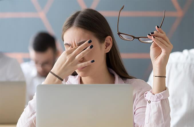 استفاده از رایانه از عوامل خستگی چشم