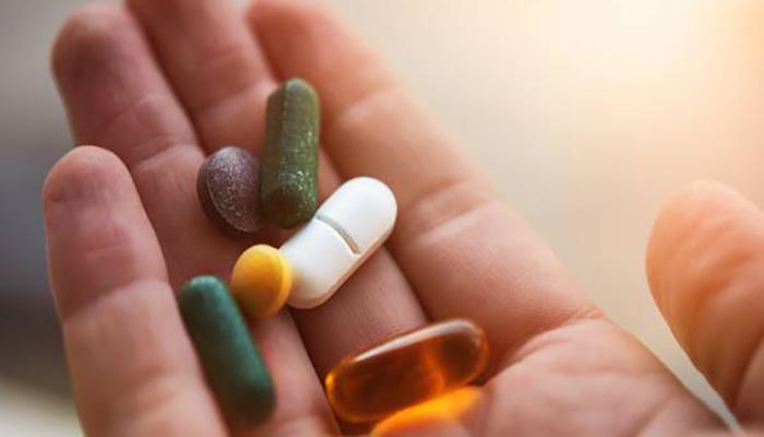 مصرف برخی داروها.