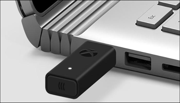 اتصال کنترلر بی سیم Xbox به کامپیوتر با آداپتور بی سیم Xbox.