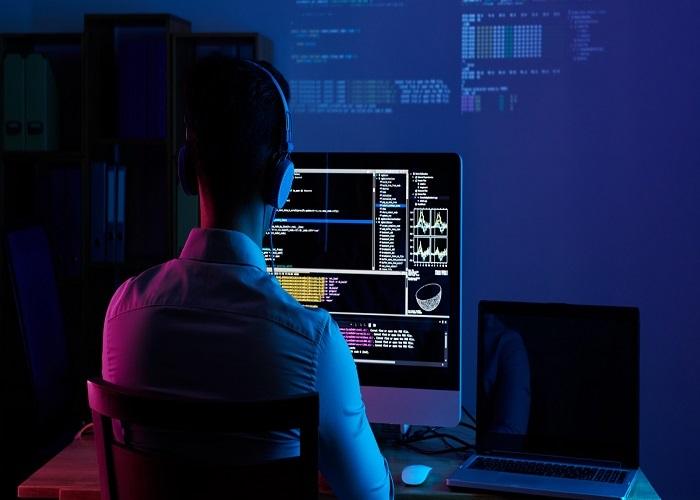توسعه دهنده وب یکی از مشاغل مناسب کانادا است