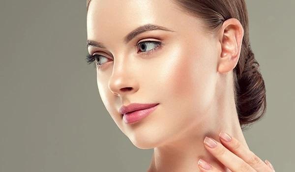 روتین پوستی مناسب برای پوست چرب و داشتن یک پوست سالم و درخشان