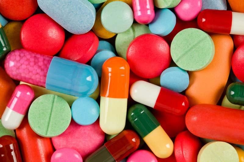 مصرف دارو های ضد ویروس، برای جلوگیری از بیماری های واگیر دار.
