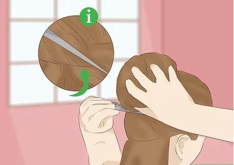 موهای خود را بعد از خشک کردن شانه بزنید.