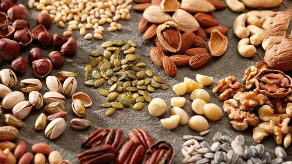 آجیل حاوی مواد مغذی و یک خوراکی مفید برای رشد مو است