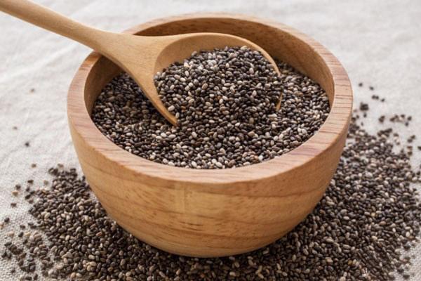 دانه چیا، ماده غذایی مناسب برای تامین پروتیئن مورد نیاز بدن.