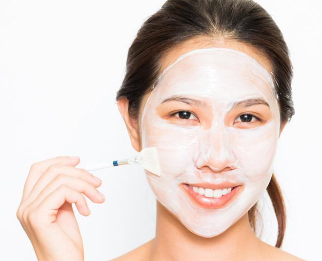فواید استفاده موضعی ماست برای ماسک صورت.