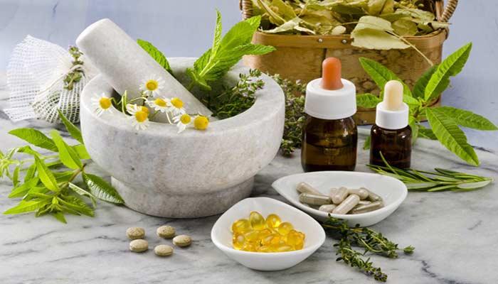 مصرف مکمل گیاهی گل مینا برای جلوگیری از میگرن.