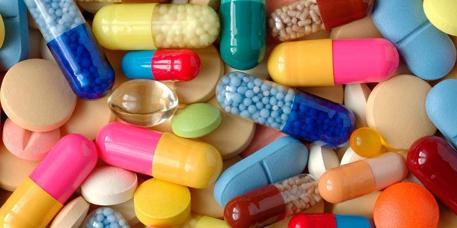 مکمل ها و ویتامین ها ار تحت نظر پزشک متخصص مصرف کنید.