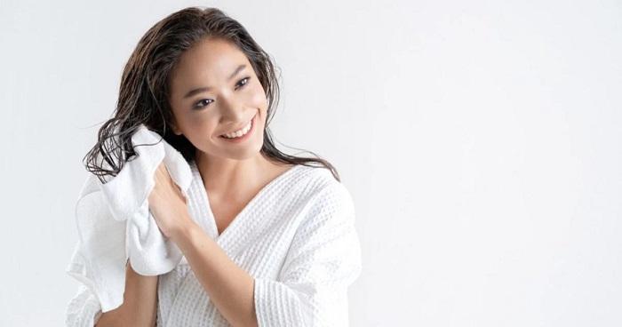شیوه صحیح خشک کردن مو