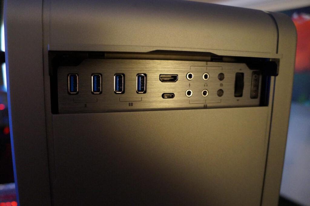 خرید کیس کامپیوتر؛ قایلبیت اتصال
