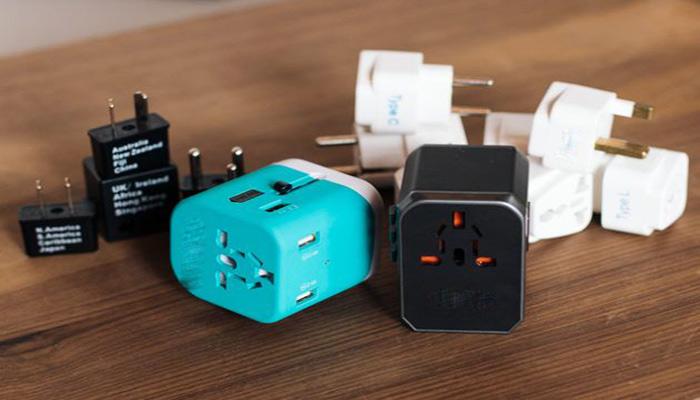کابل ادابتور برای اتصال USB به میکروفون.