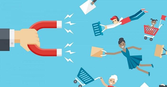 ترکیب تولید محتوا و بازاریابی: جذب کاربران