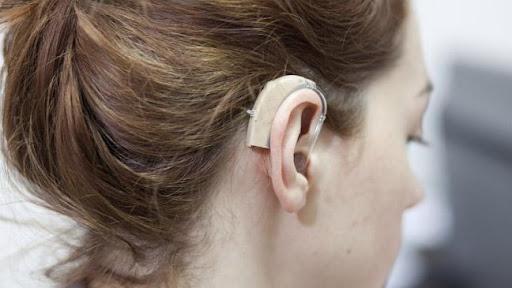 خارش گوش بر اثر استفاده سمعک